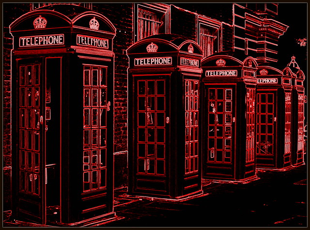 London phone boxes...in red!!!