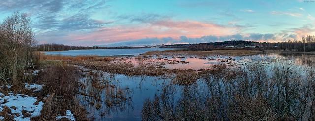 Lake Iidesjärvi in the spring morning