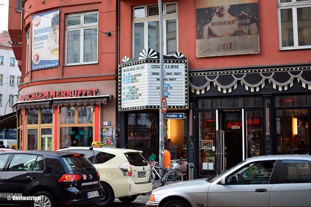 Mitten kaupunginosan katukuvaa Berliinissä