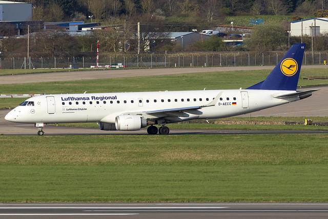 Lufthansa CityLine E190 D-AECC at Birmingham Airport BHX/EGBB