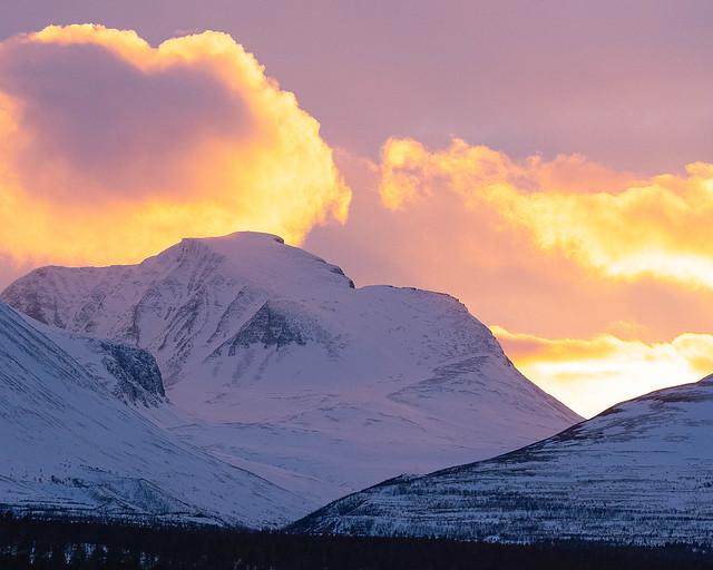 Sunset behind Rondeslottet, Rondane Norway