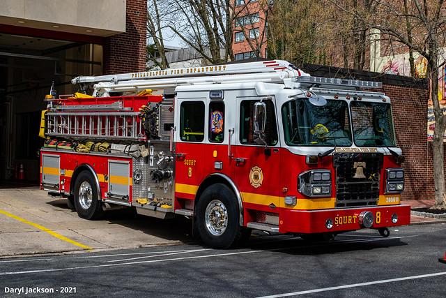Philadelphia Fire Department Squrt 8