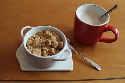 Kleiner Apple Crumble zum Nachmittagskaffee