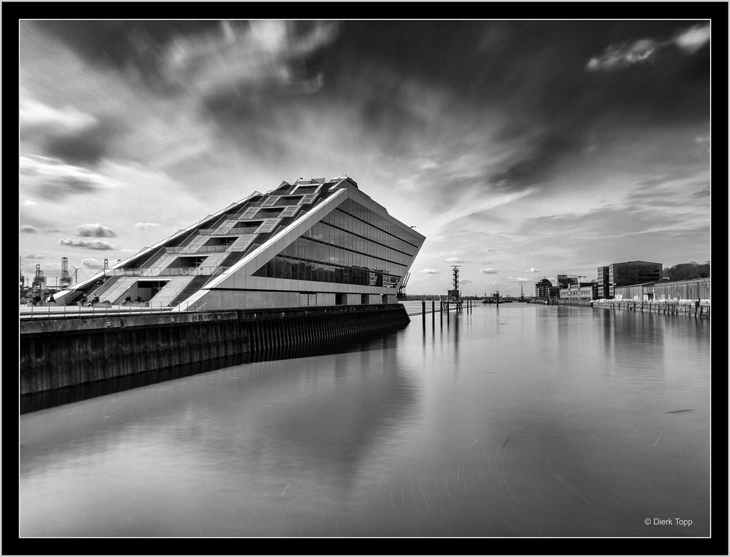 Hamburg Dockland, Smartphone long exposure