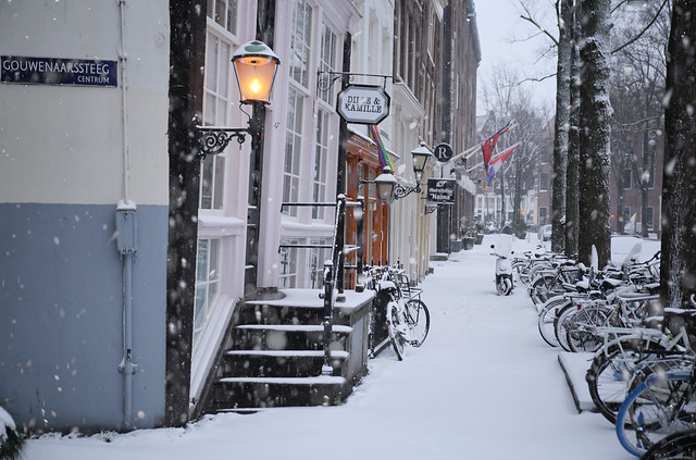 The scents of winter at the Stromarkt in Amsterdam