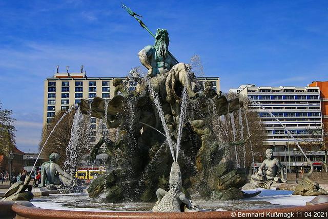 Europa, Deutschland, Berlin, Mitte, nahe Spandauer Straße, Neptunbrunnen