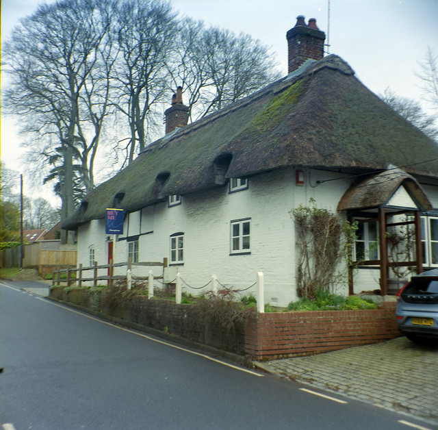 Cottage at Kingsworthy Solida Ektar 100