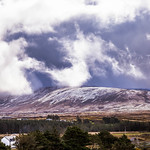 10. Aprill 2021 - 10:18 - Snow shower clouds  over Taobh A' Leithid mountain