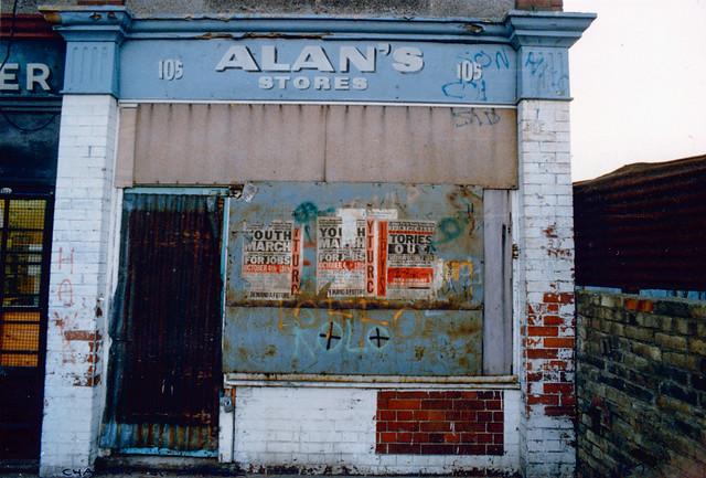 Alan's Stores, Chalton St, Somers Town, Camden, 1987,