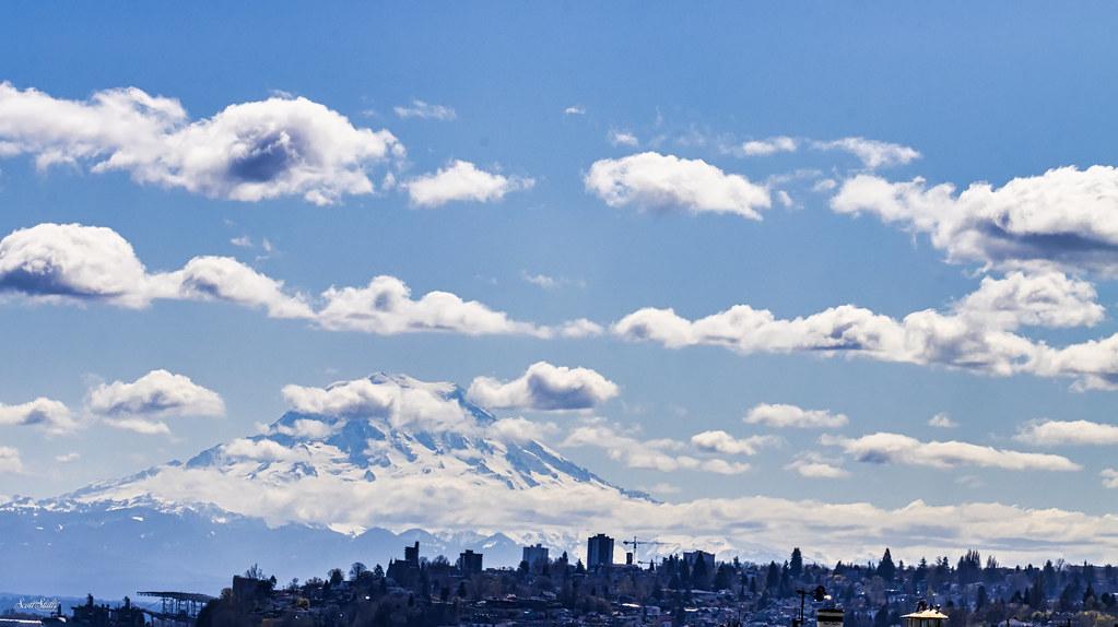 Mount Rainier in the distance, Tacoma Washington