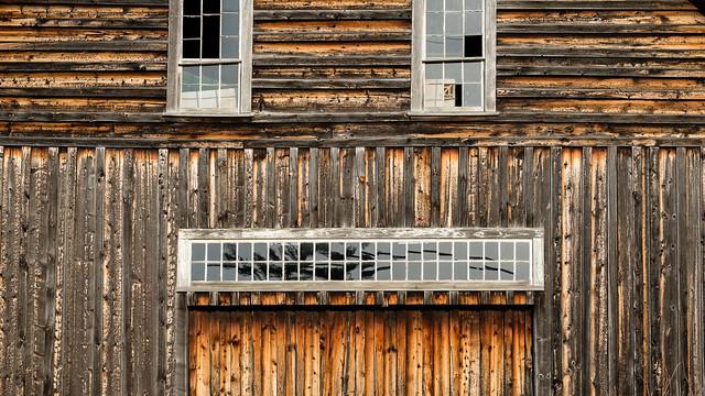 a maine barn