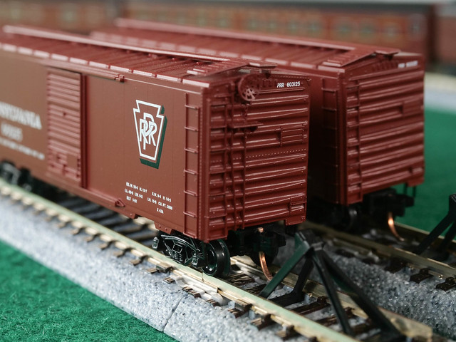 PRR Boxcars [MacroMondays] [Pair]