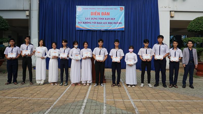 Diễn đàn Nói không bạo lực học đường