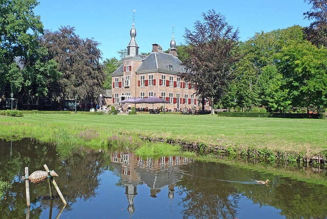 Nederland - Hierden, Kasteel De Essenburgh