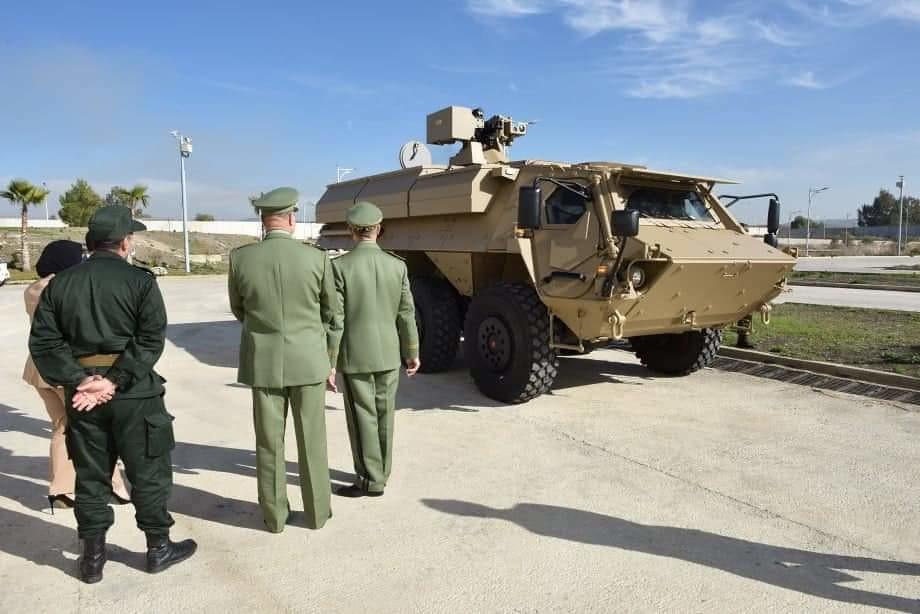 الصناعة العسكرية الجزائرية ... مدرعات ( فوكس 2 ) - صفحة 12 51110787862_d1c154a5a5_b