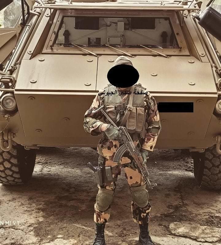 الصناعة العسكرية الجزائرية ... مدرعات ( فوكس 2 ) - صفحة 11 51110788622_9df09a135d_b