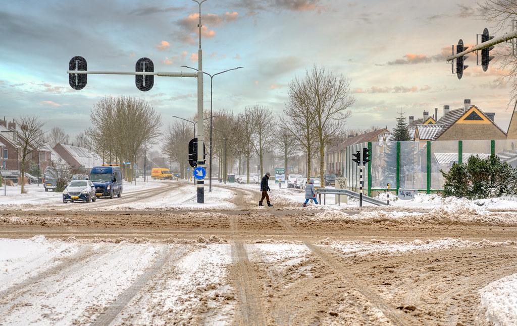 Intersection of Reuzenpandasingel and Westtangent, Heerhugowaard, The Netherlands.