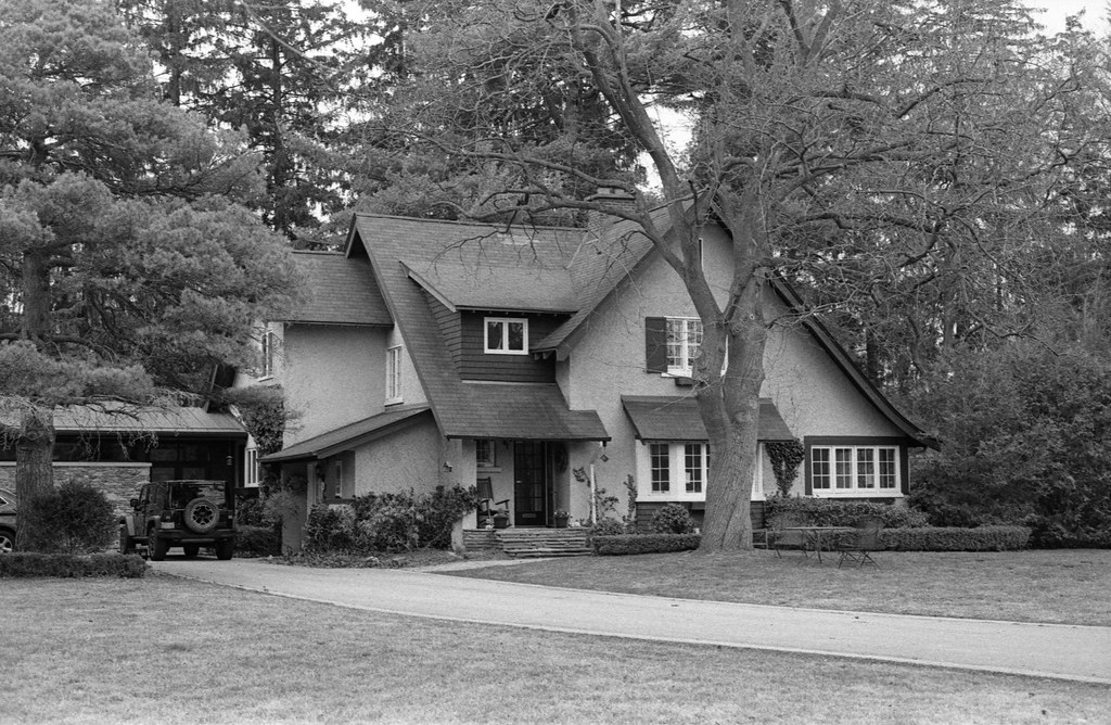 Favourite Oakville Arts and Crafts House