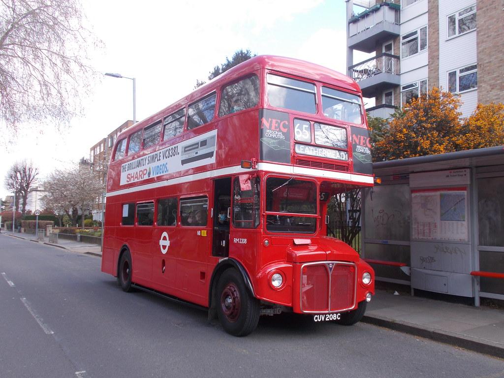 RM 2208 in Claremont Road, Surbiton