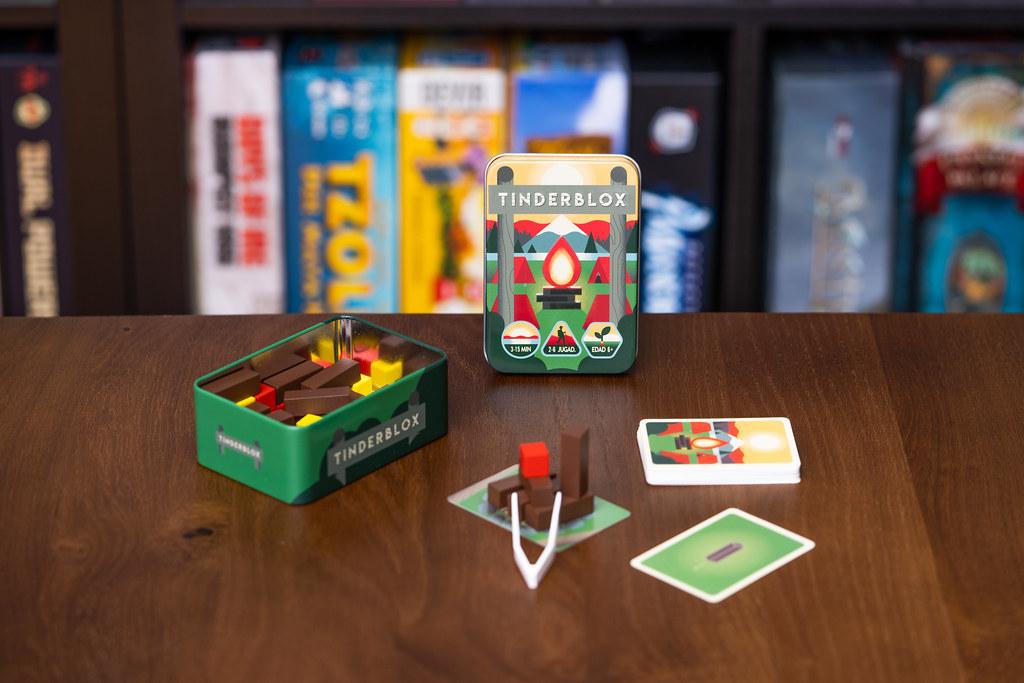 Tinderblox boardgame juego de mesa