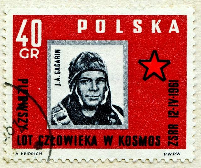 *60th anniversary April/12/2021* old stamp Poland Polska 40 Gr. (April12th 1961: Juri A. Gagarin; astronaut, cosmonaut; first human in space; Юрий Алексеевич Гагарин)great stamp Poland Polska Gr Protoceratops (Dinosaur Dinosaurier Динозавры دينا