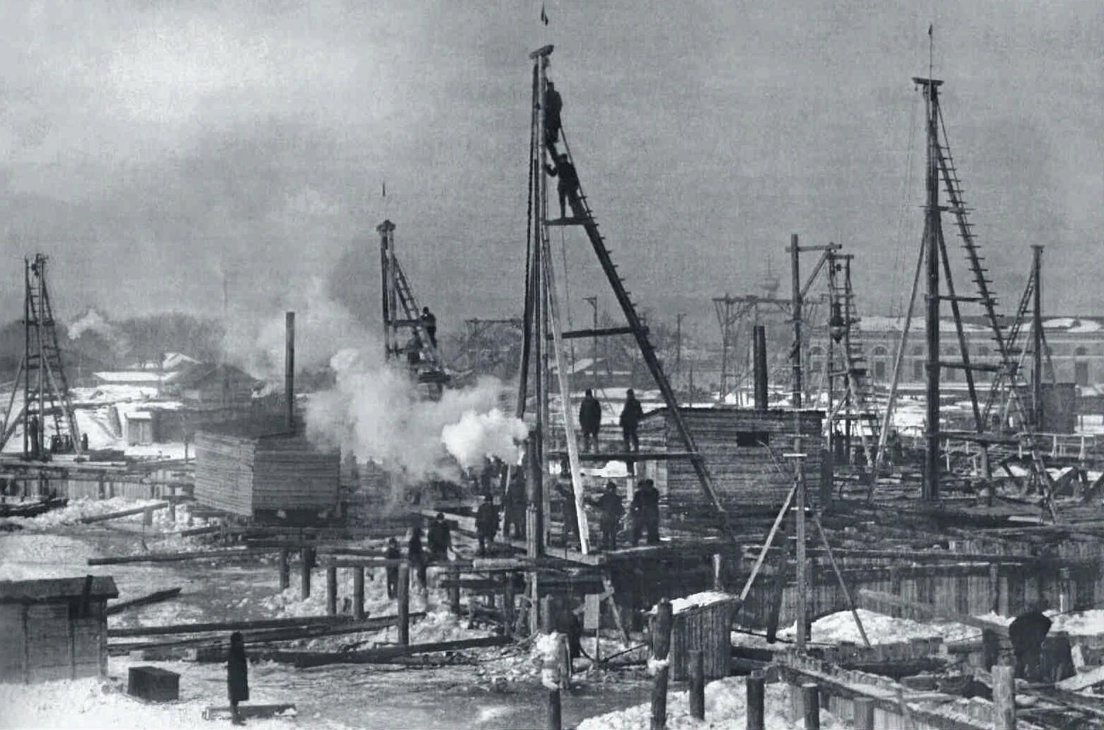 1901. Строительство нового Троицкого моста