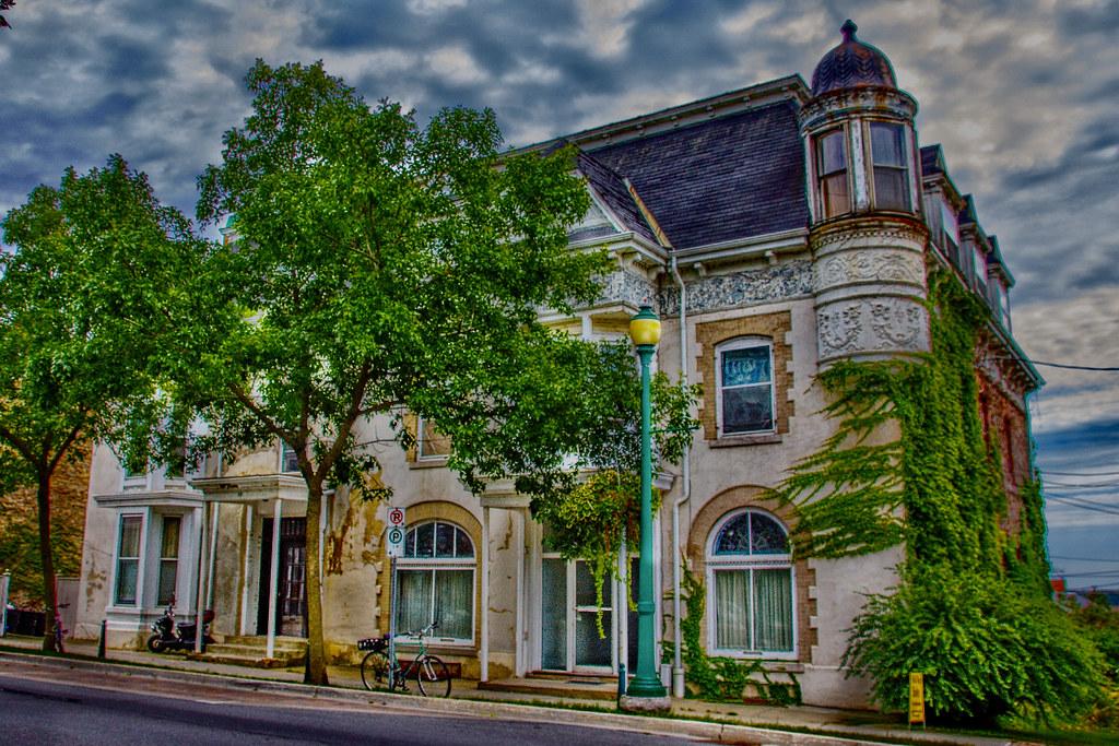 Brockville Ontario - Canada - 77 - 79 King St East -  Robert Bowie House -  Heritage Block