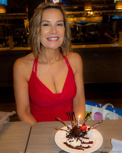 20210410 G7XIII Marian birthday 53