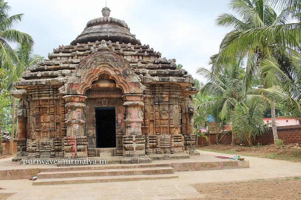 Gangesvari Temple – Bayalish Bati