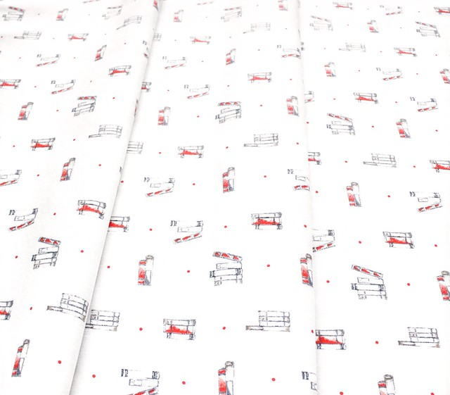 Camelot Fabrics Oxford 71190401-01 Story Time Floral Cream