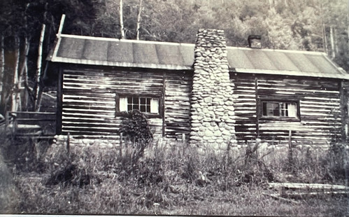 Photo of original homestead cabin built by Loren Blair and John Hay, Demolished in the 1930s. From History Comes Alive at Colorado's Vista Verde Ranch