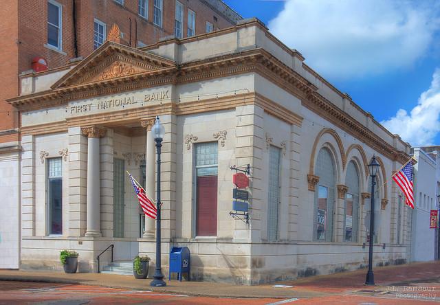 First National Bank building - Laurel, Mississippi