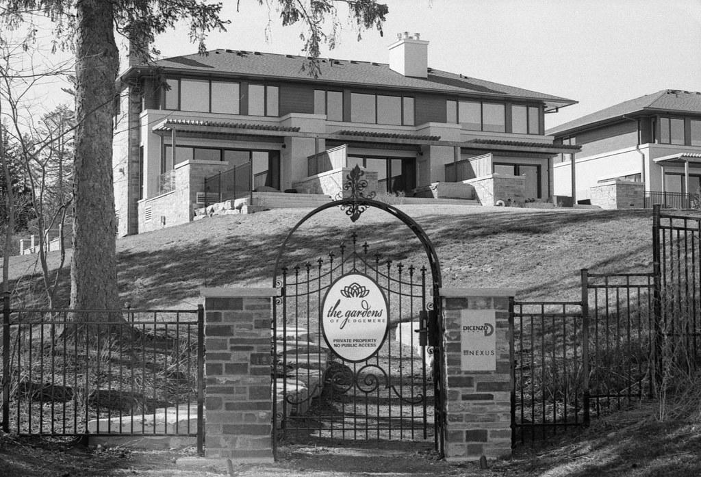 Edgemere  Estates Back Entrance_