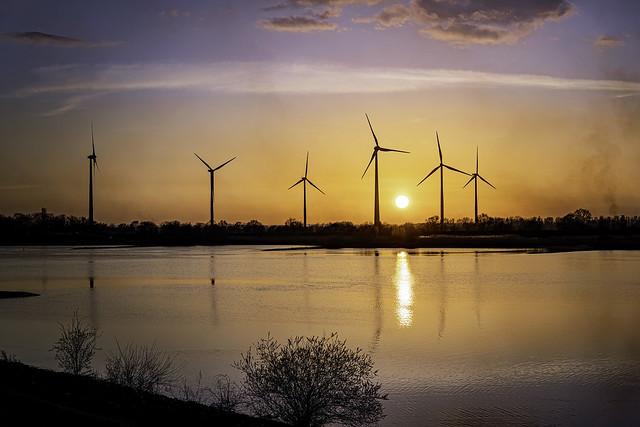 Sonnenuntergang in Drennhausen an der Elbe