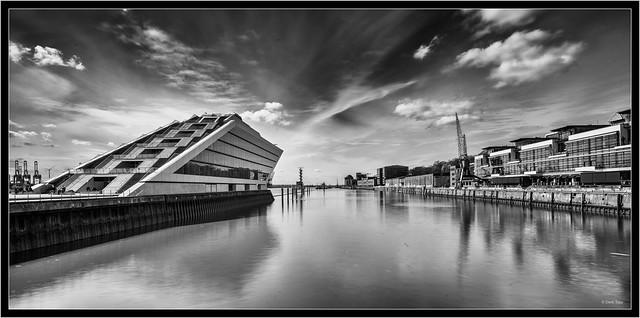 Hamburg Dockland, Hasselblad 907X, Hasselblad XCD 4/21mm, long exposure
