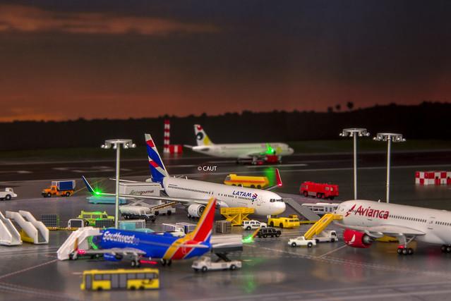 Flight LA1904 - LATAM Airlines Boeing 767-300ER (CC-CWV) ©
