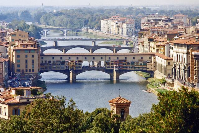 1998.09.21.050 FLORENCE - Piazzale Michel Angelo, Vue sur l'Arno et le Ponte Vecchio.