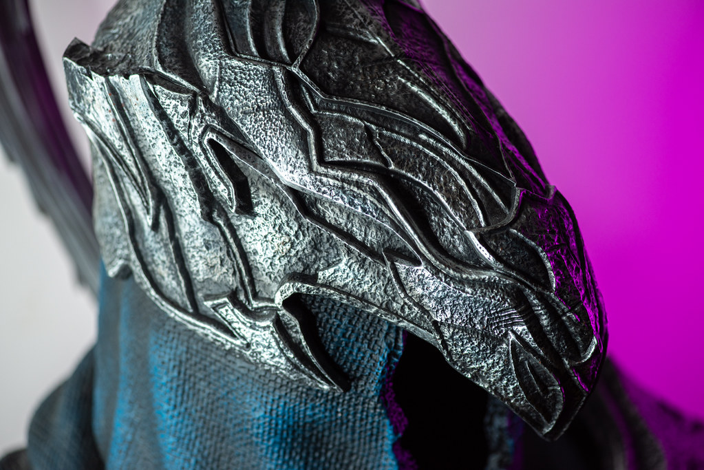 DARK SOULS – ARTORIAS THE ABYSSWALKER LIFE-SIZE BUST EXCLUSIVE EDITION
