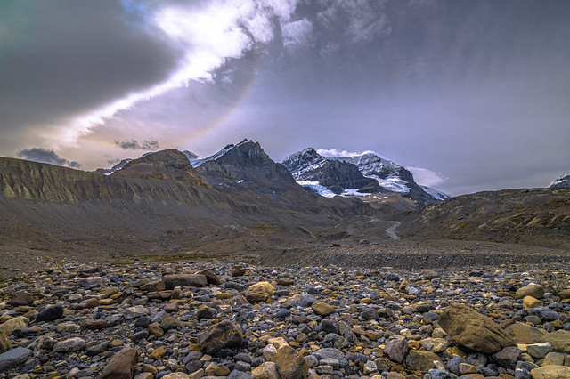 GLACIER NATIONAL PARK AS STORM CLOUDS MOVE IN