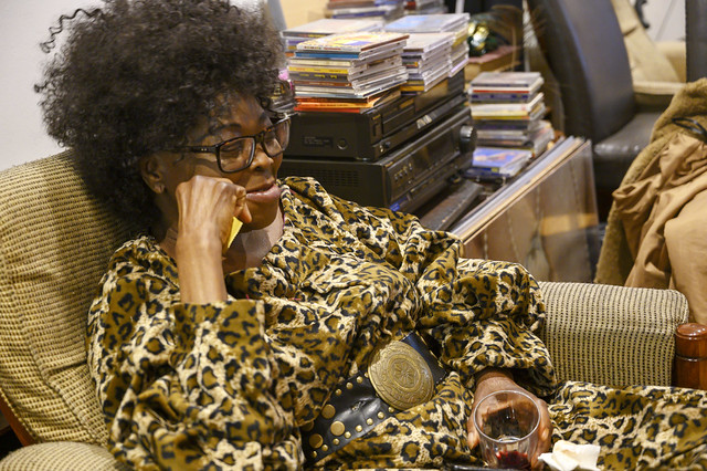 DSC_9816 Gifty from Ghana in Leopard Animal Skin Print African Dress Shoreditch Studio London Friends Reunion