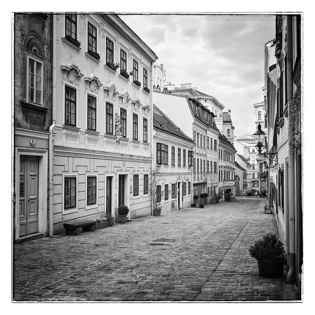 Reconfinement photography   I    Spittelberg