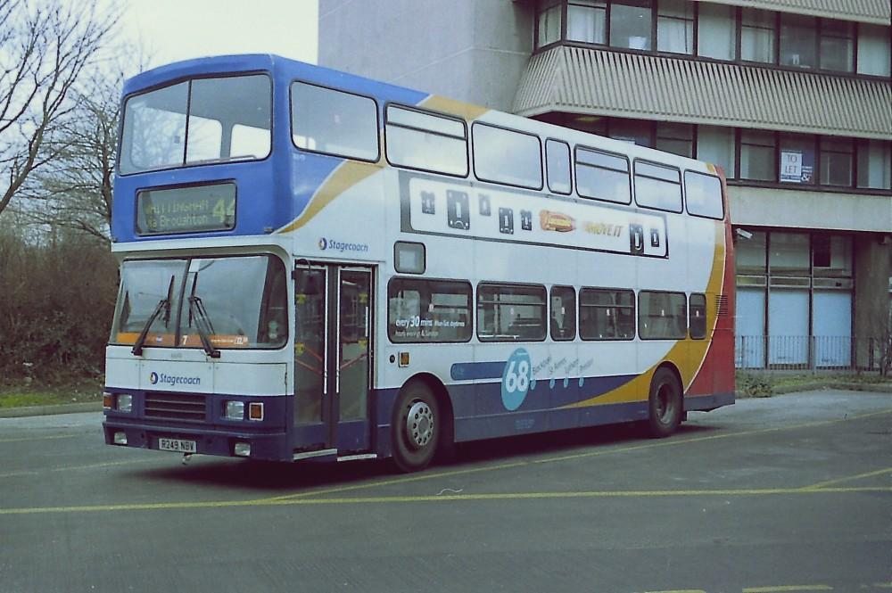 16649 Stagecoach Ribble R249NBV Volvo Olympian OLY-56 Alexander RL ex Burnley & Pendle. Preston Bus Station Jan05