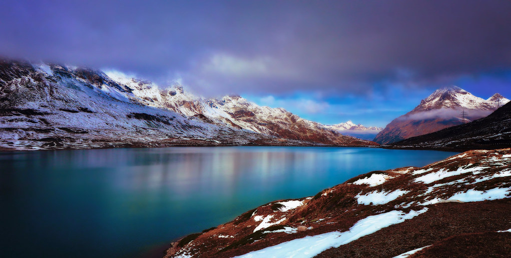 Morning view over Lago Bianco