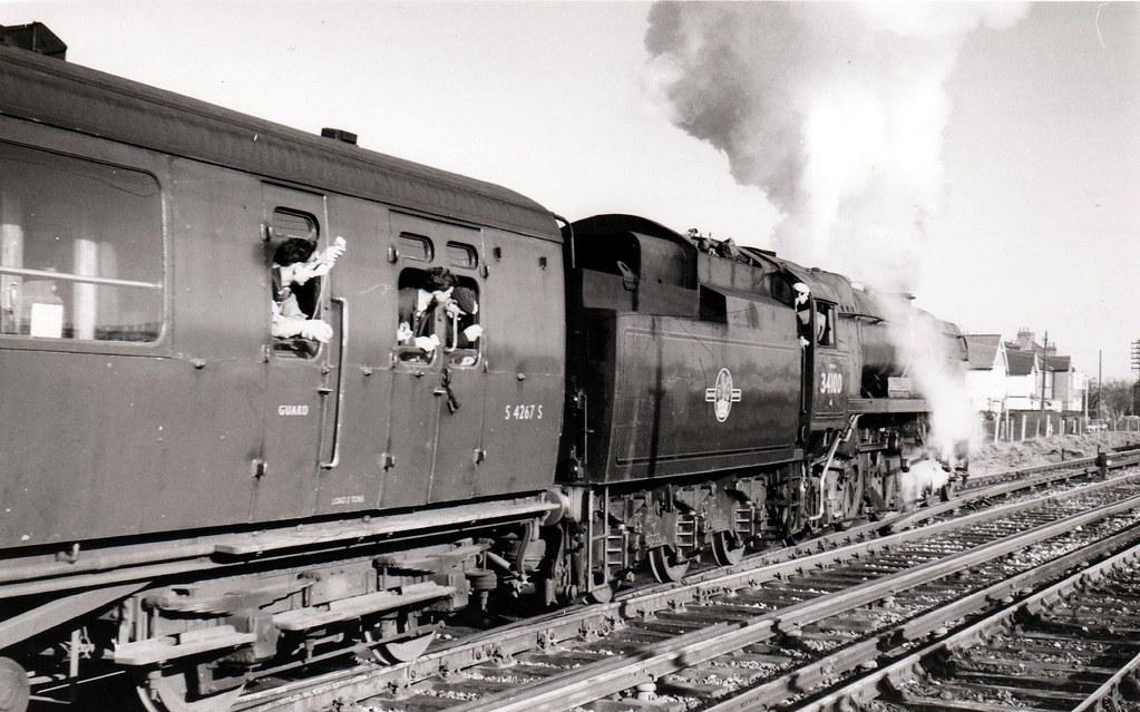 British Railways (SR) – 'WCBB Class' 4-6-2 No.34100 'Appledore' passing Shepperton in February 1967