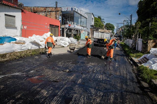 13.04.12 - Em 100 dias, prefeitura realizou 8 grandes mutirões de infraestrutura