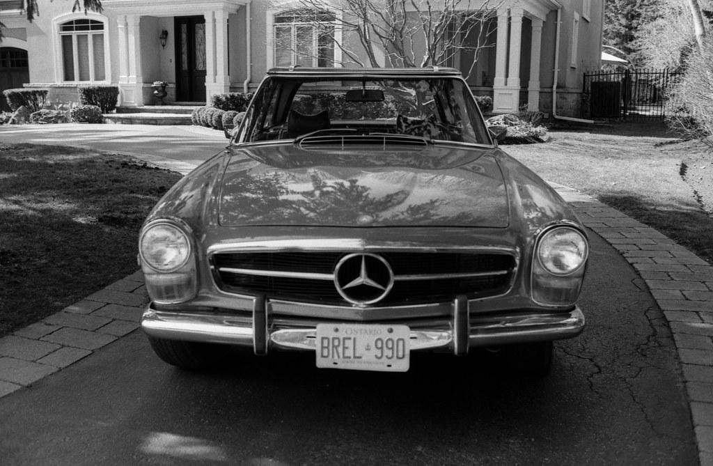 Mercedes 280SL Front Grille
