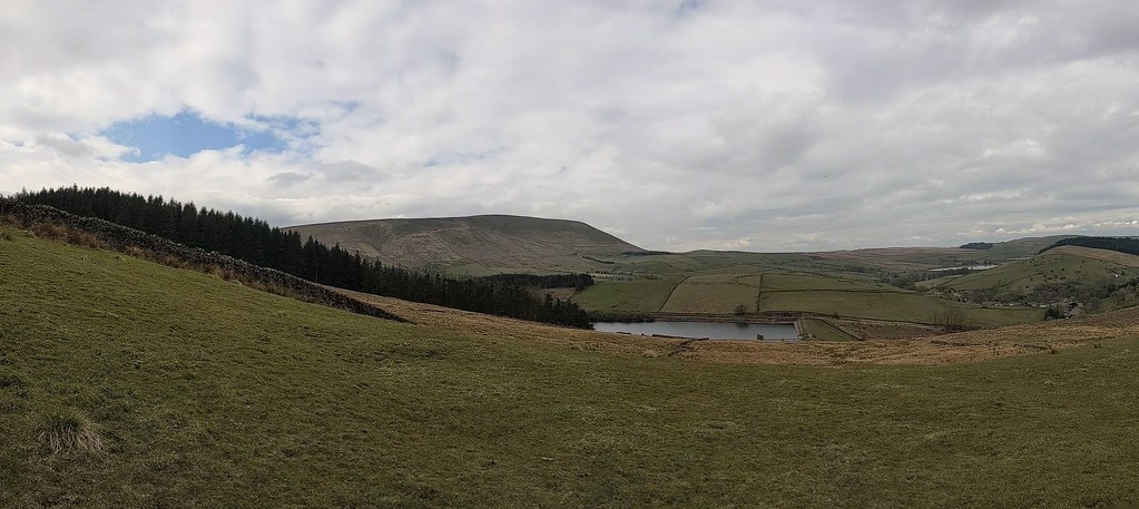 Lower Ogden Reservoir and Pendle Hill