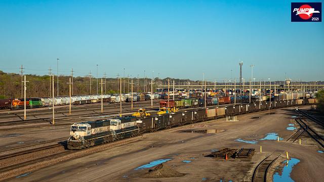Eastbound BNSF Empty Coal Train at Kansas City, KS