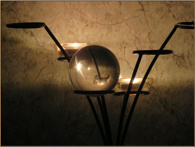 9259 Captured candlelight