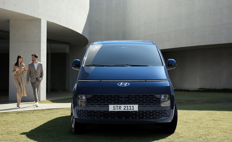 Hyundai-Staria (6)